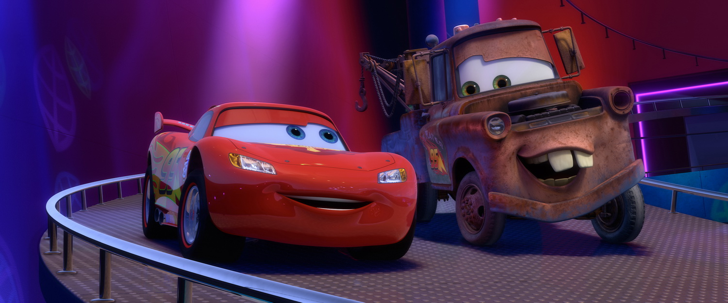 Car Uk New Mater And Lightning McQueen Cars 2 Character Wallpaper
