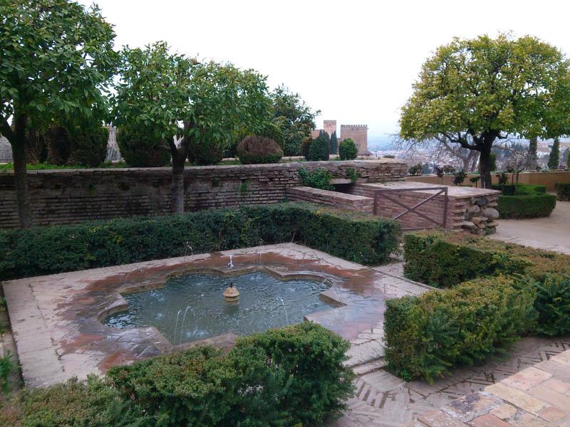 Mis viajes por el mundo jardines del generalife granada for Jardines generalife