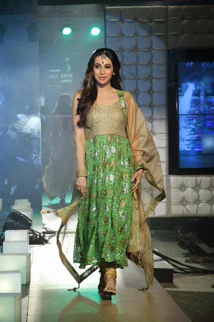 Karishma Kapoor Walks The Ramp for Monarch Universal at Property EXPO image