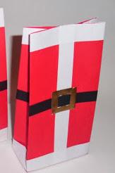 http://vctryblogger.blogspot.com.es/2012/11/bolsas-carameleras-papa-noel-navidad-manualidades-papel.html#more