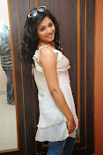 Shweta glam photos stills-thumbnail-1
