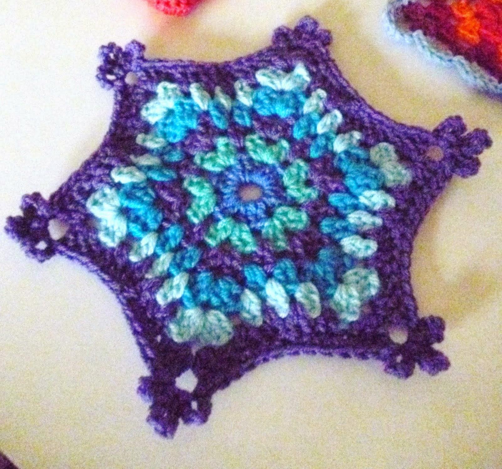 Granny Snowflake Mat 2014