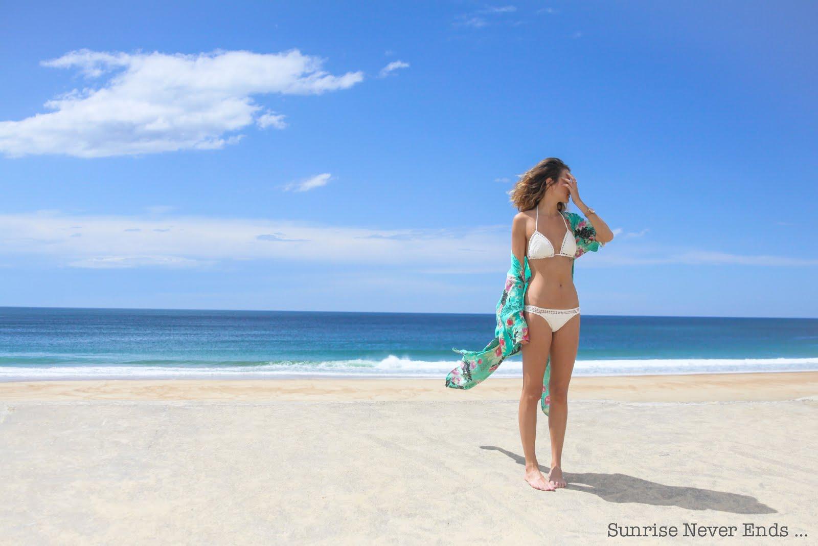 Bikini Babe ...