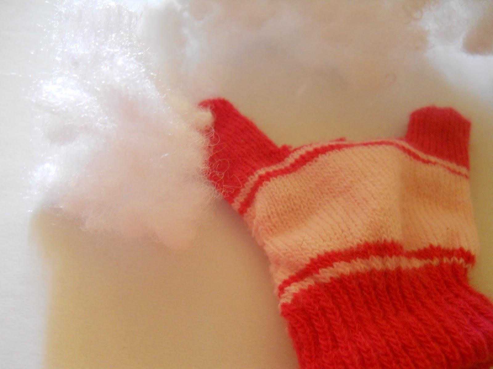 Заяц из старой перчатки
