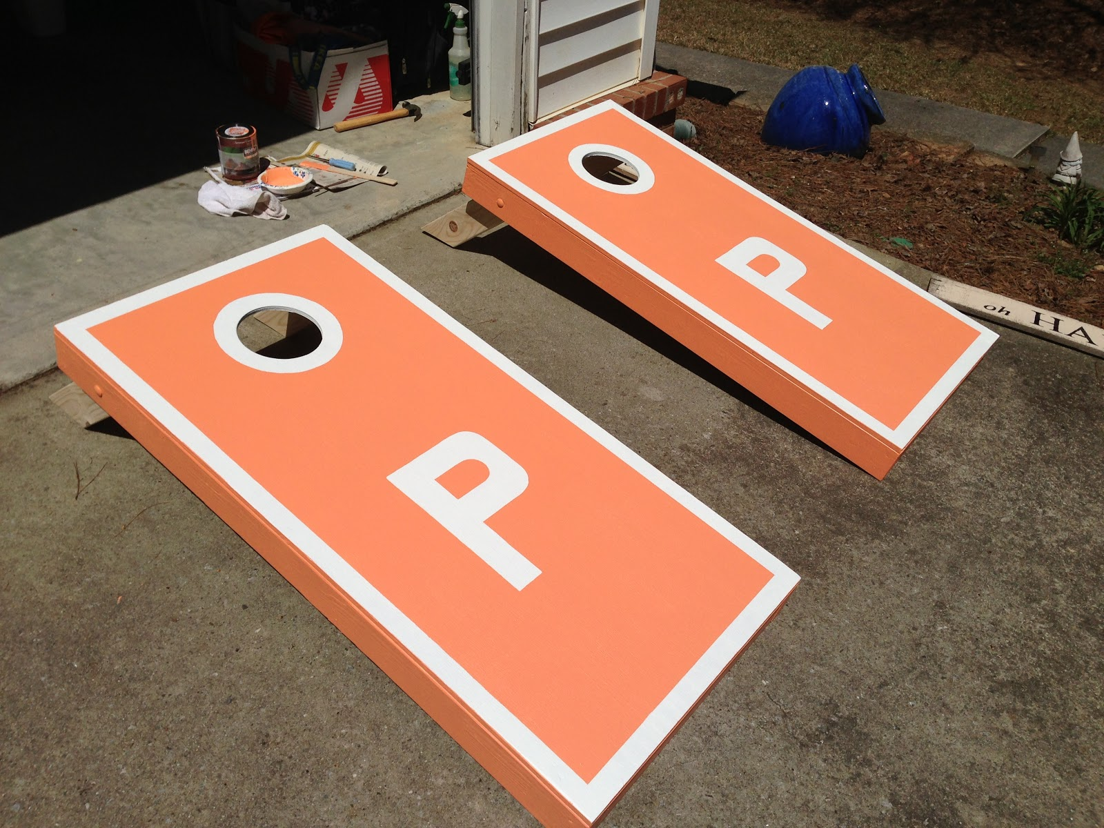 just jill: diy: how to paint your own monogrammed cornhole set