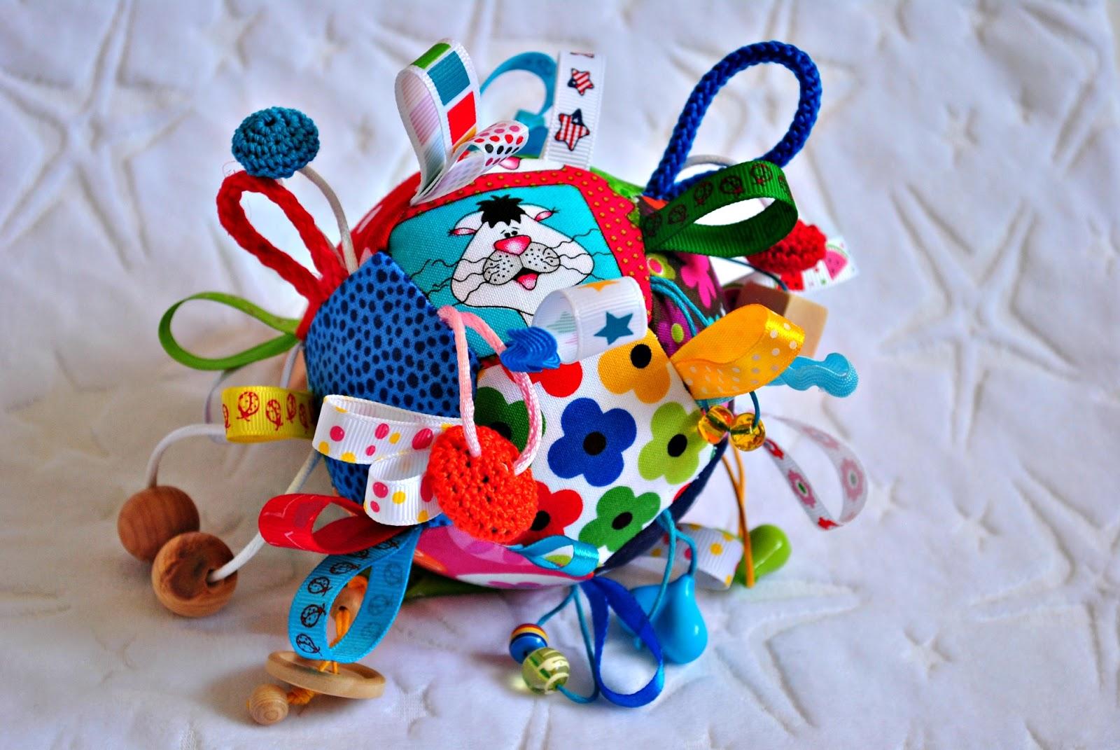 Игрушки для детей до года своими руками фото