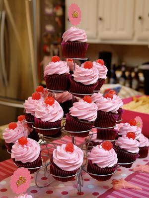 K Bakes Pinkalicious Cupcakes