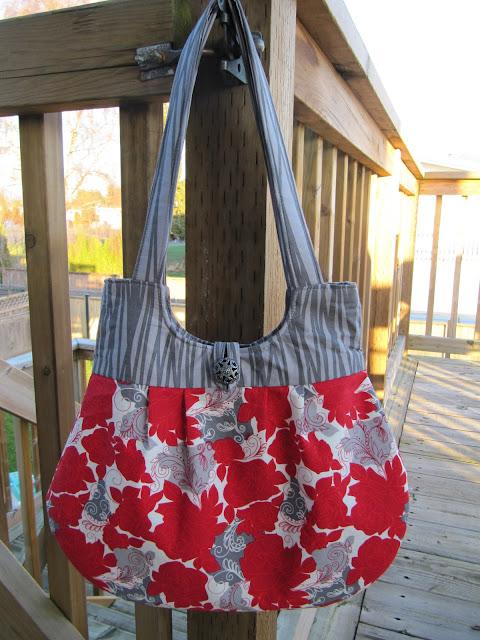 Sweet Pea Totes ~ Classy Curvy Handbag