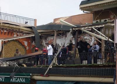 انفجار قوي في مقهى أركانة بساحة جامع الفنا بمراكش 1303998336