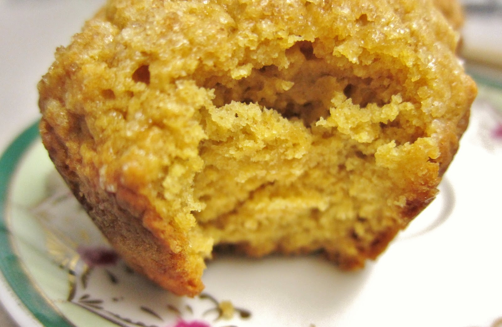 The Vegan Chronicle: Pumpkin Muffins
