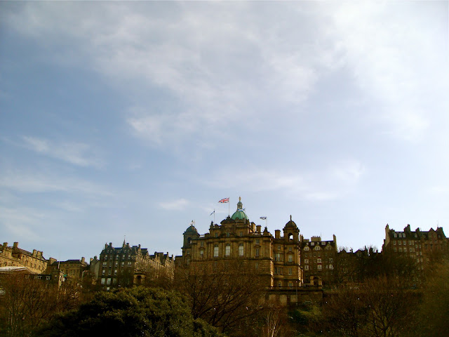 edinburgh, the mound, princes street gardens