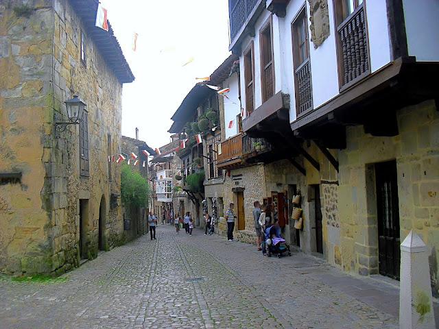 Calle de Juan Infante en Santillana del Mar
