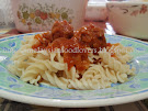 Pasta and Chicken Balls in Tomato Sauce