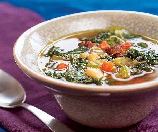 http://recipes.sandhira.com/two-bean-soup-with-kale.html