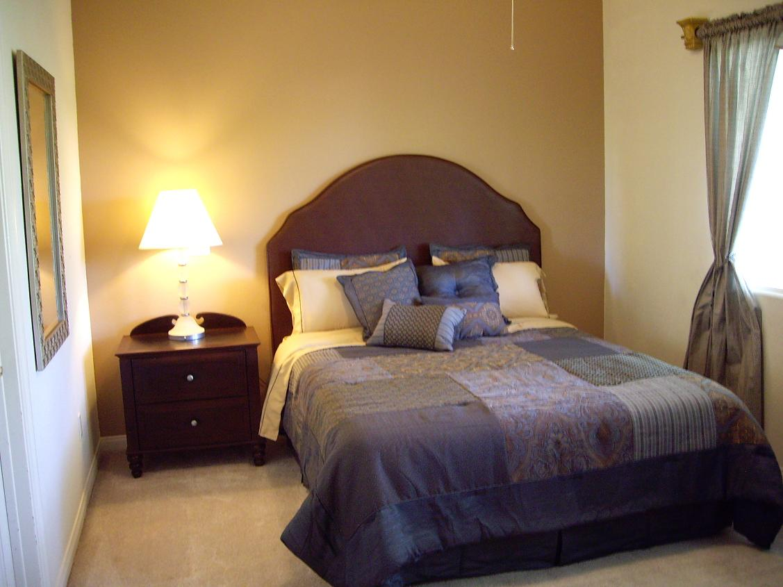 Small Bedroom Design Ideas Pictures