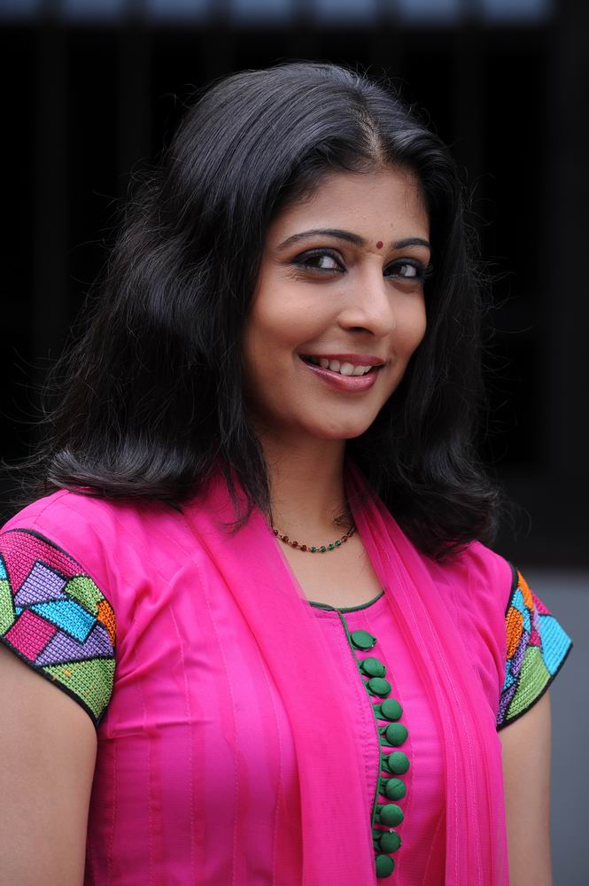 Liyona Malayalam Actress Cute Photo