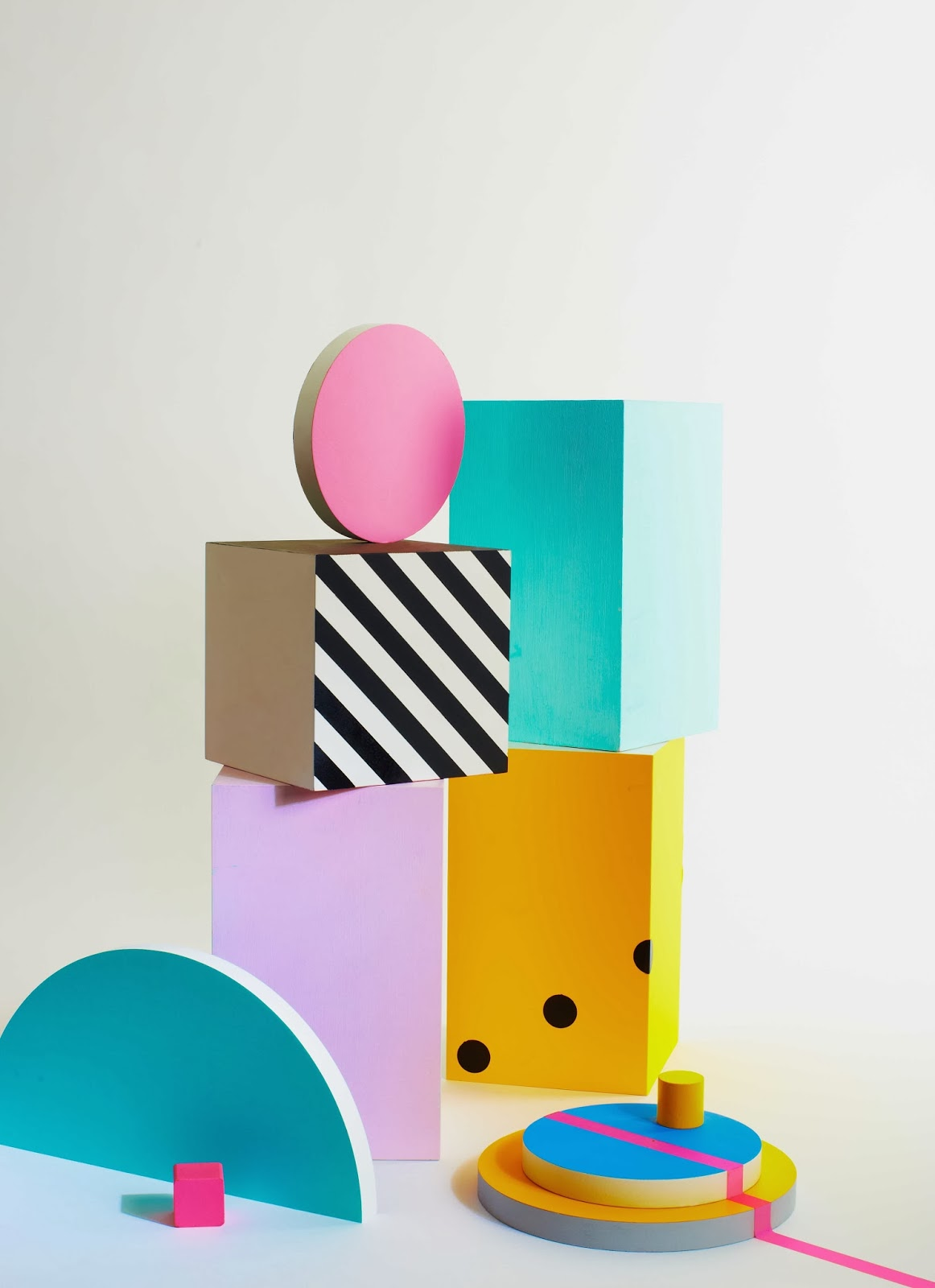 charlotte love memphis style. Black Bedroom Furniture Sets. Home Design Ideas
