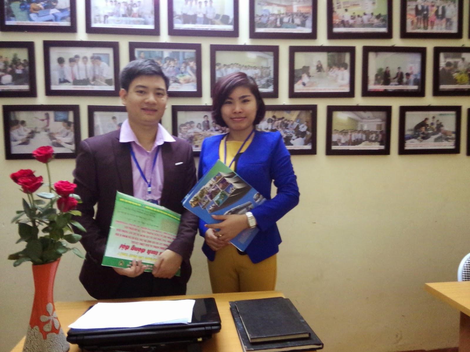 Dương Văn Bốn cùng đồng nghiệp