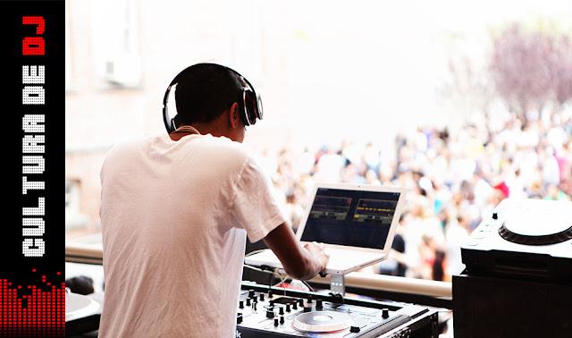 NOTEBOOK PARA DJING