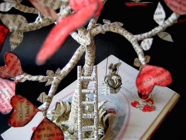 valentines-book-sculpture