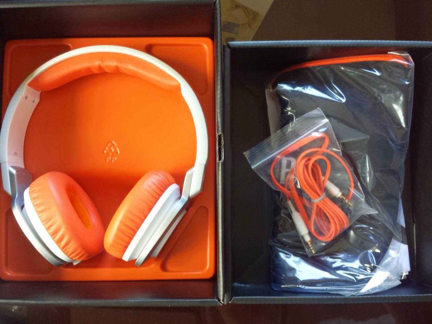 FS: 99% new JBL J55 headset