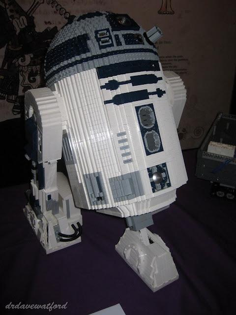 NSC+2011+R2-D2+%2528WM%2529.jpg