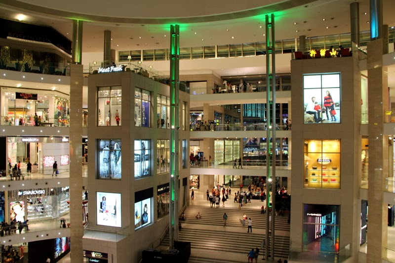 Shopping in Malaysia - Emmi Paloranta 3d9618407d
