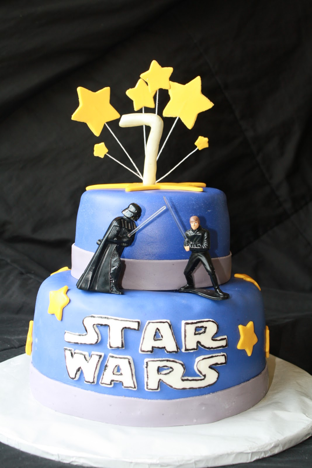Images Of A Star Wars Cake : Star Wars Birthday Cake + {Durable} Chocolate Cake Recipe