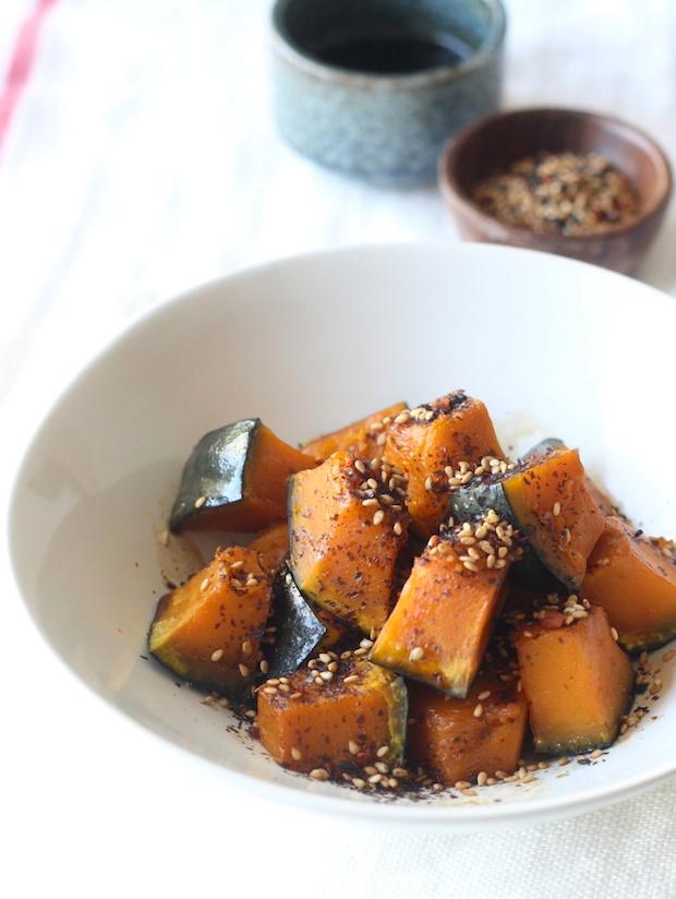 Soy Glazed Kabocha Squash with Japanese Sesame Seasoning recipe by SeasonWithSpice.com