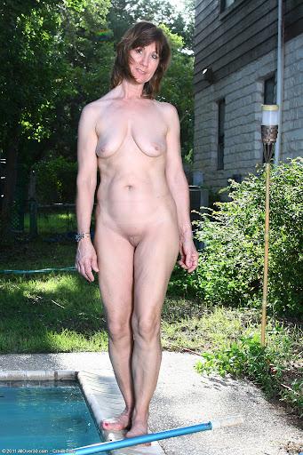 Nackt Bilder : Reife Brüste leer und schlaff   nackter arsch.com