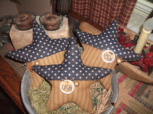 SET OF 3 LARGE PRIM AMERICANA STAR BOWL FILLERS