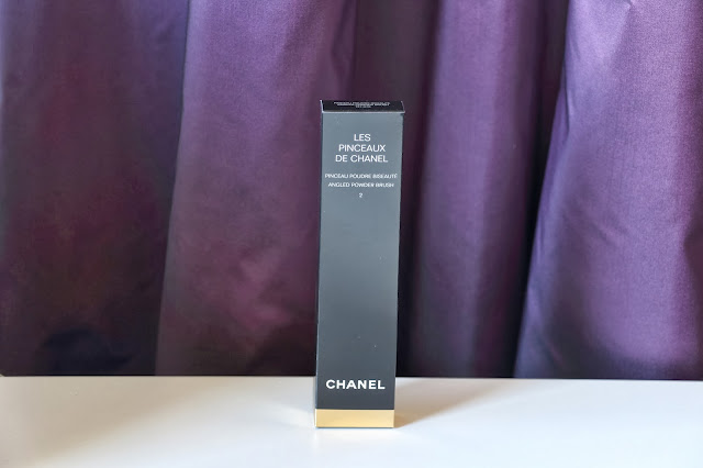 Chanel no. 2 Angled Powder Brush packaging