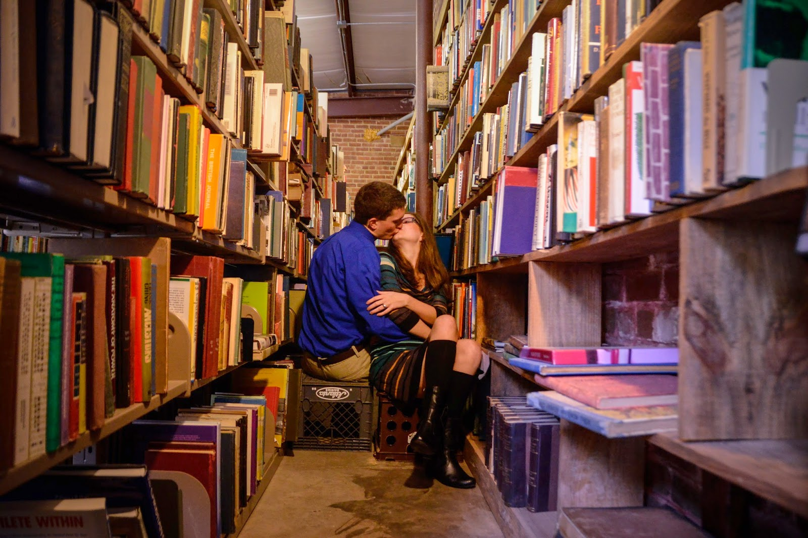 photography, bookstore, engagement shoot
