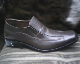 sepatu kickers murah berkualitas tinggi