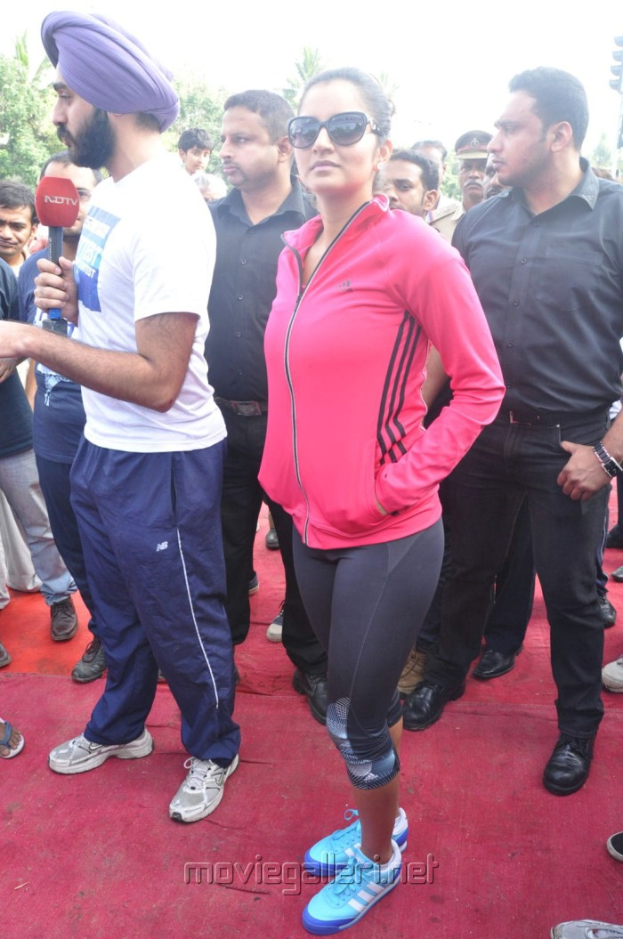 Sania Mirza NDTV Walk for Fitness latest photos