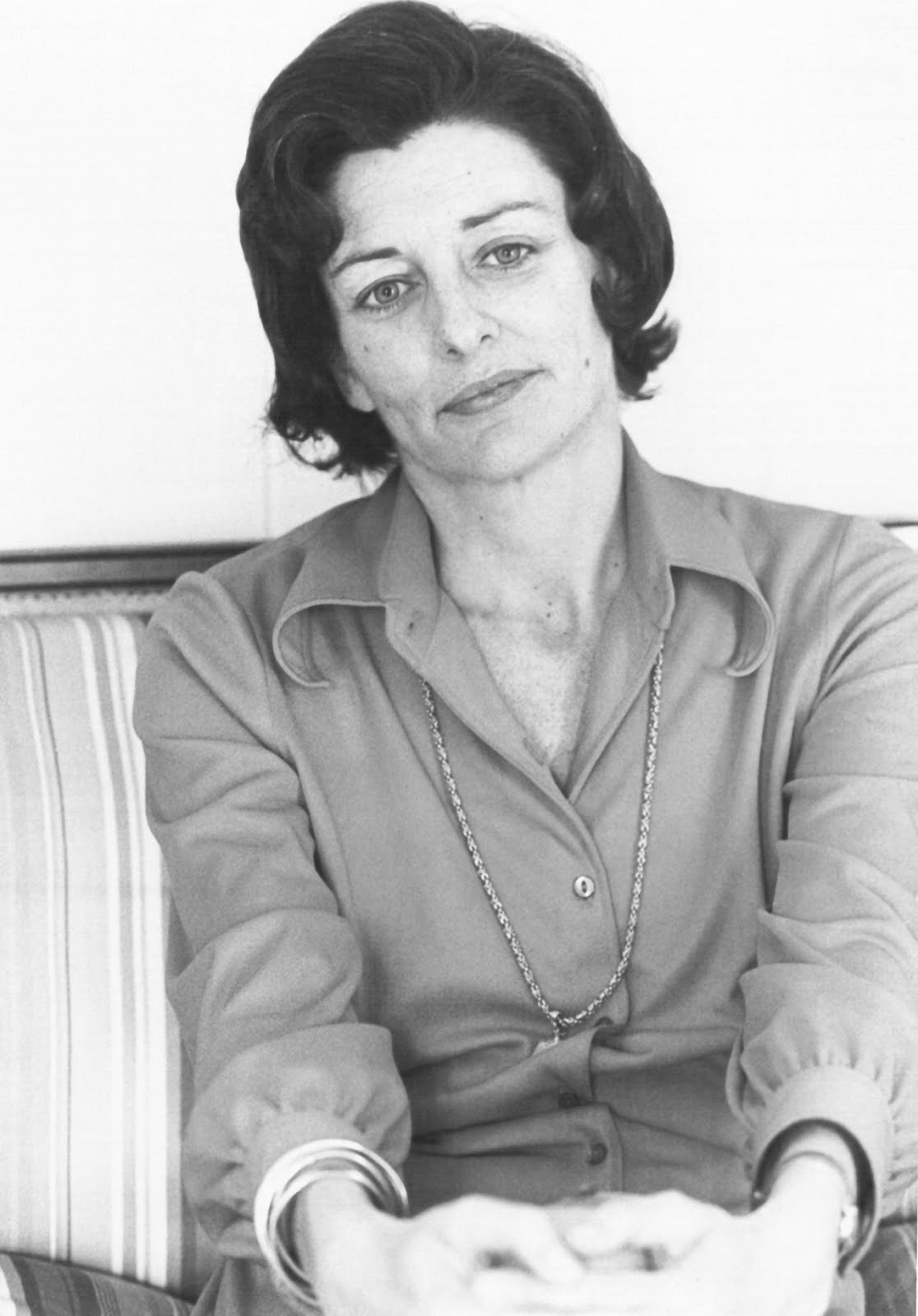 anne sexton The anne sexton: poems community note includes chapter-by-chapter summary and analysis, character list, theme list, historical context, author biography and quizzes written by community members like you.