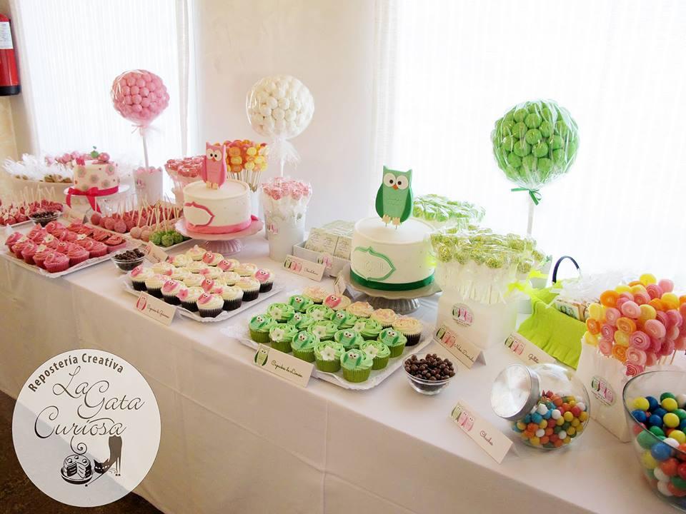 La gata curiosa mesa dulce para comunion angel lucia y el for Ideas para mesas de chuches