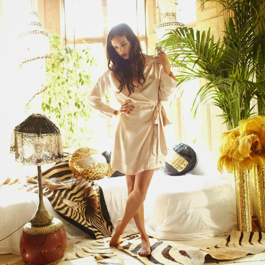 Shell Wrap Robe Morgenmantel von Shell Belle Couture