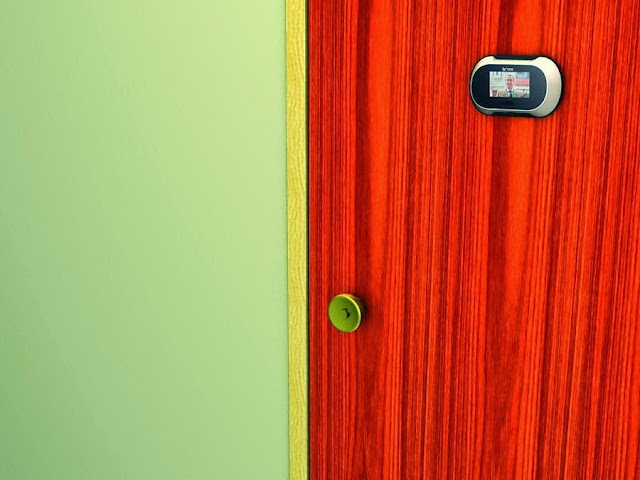 Clever Peepholes and Cool Peephole Stickers (15) 1