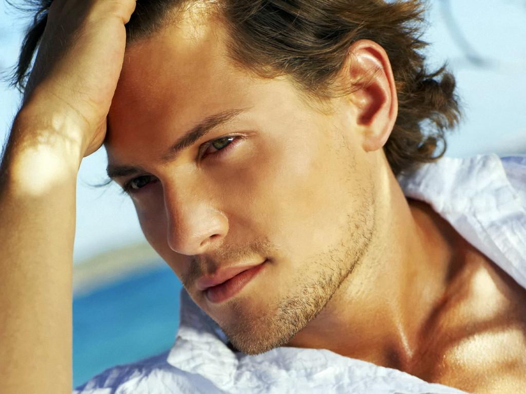 http://1.bp.blogspot.com/-3uyuMaYEKsE/Tzt__l_WWbI/AAAAAAAAC6M/-S6CGIAQHTA/s1600/handsome--men--wallpapers--free--.jpg