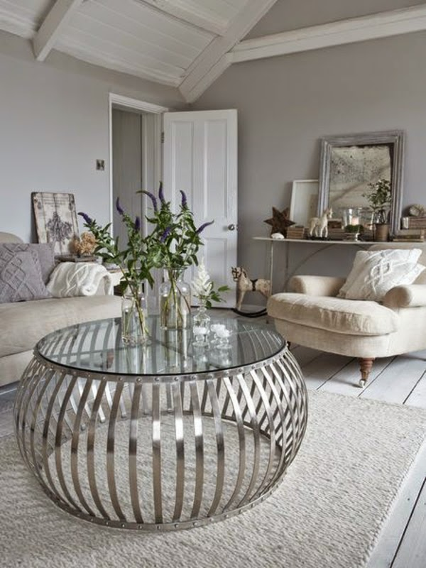 Luxury Coffee Tables: A Round Shape Make More Fun Mood
