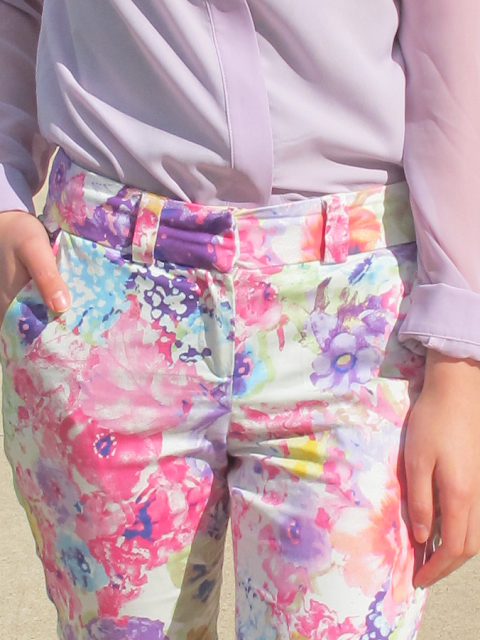 {Blooming} Floral pants