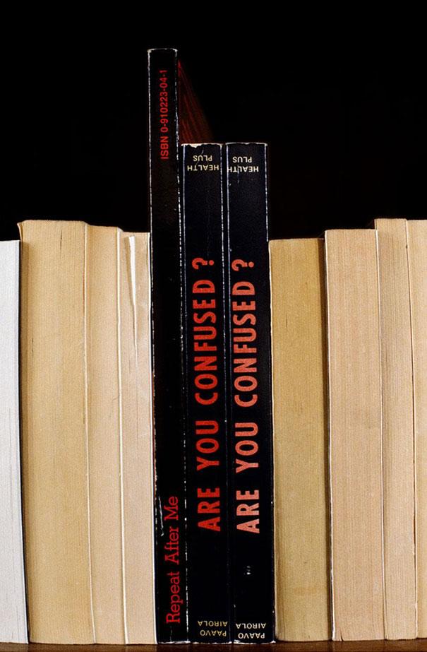 Nina Katchadourian.Sorted Books.Doctor Ojiplatico