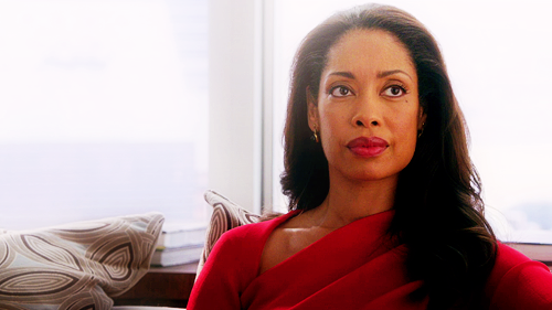 http://1.bp.blogspot.com/-3vsg9VcEDkQ/UutUXnTuj2I/AAAAAAAANRI/XlxV6Q8NCwc/s1600/jessica-pearson-gina-torres-suits-4.png