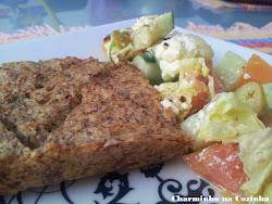 Quibe de peixe e salada