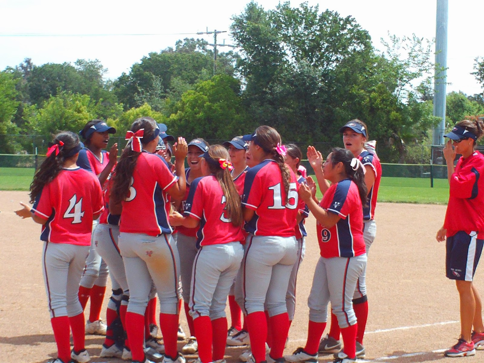 PG Upsets EG Softball in D-I Playoffs