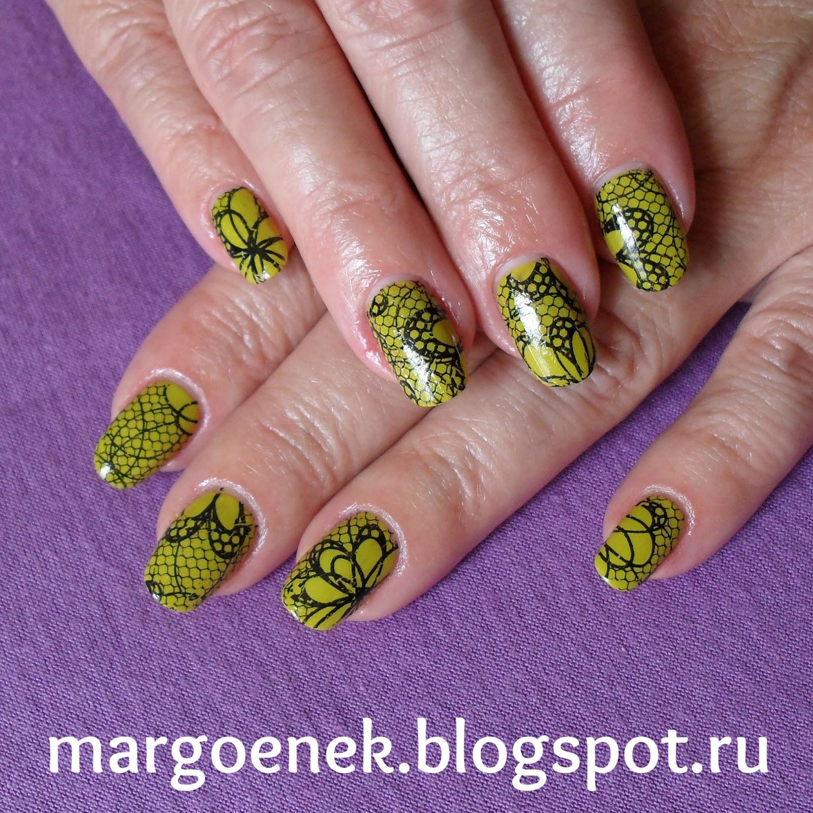 Ногти в форме фисташек