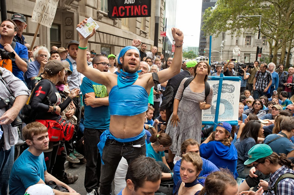 Flood Wall Street; Climate Change; Demonstration; Protest: Civil Disobedience