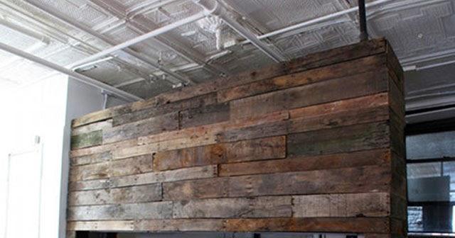 Barra americana para cocina con for Muebles de madera reciclada para cocina
