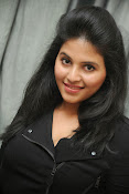 Anjali Glamourous Photos at Pranam Kosam audio-thumbnail-1